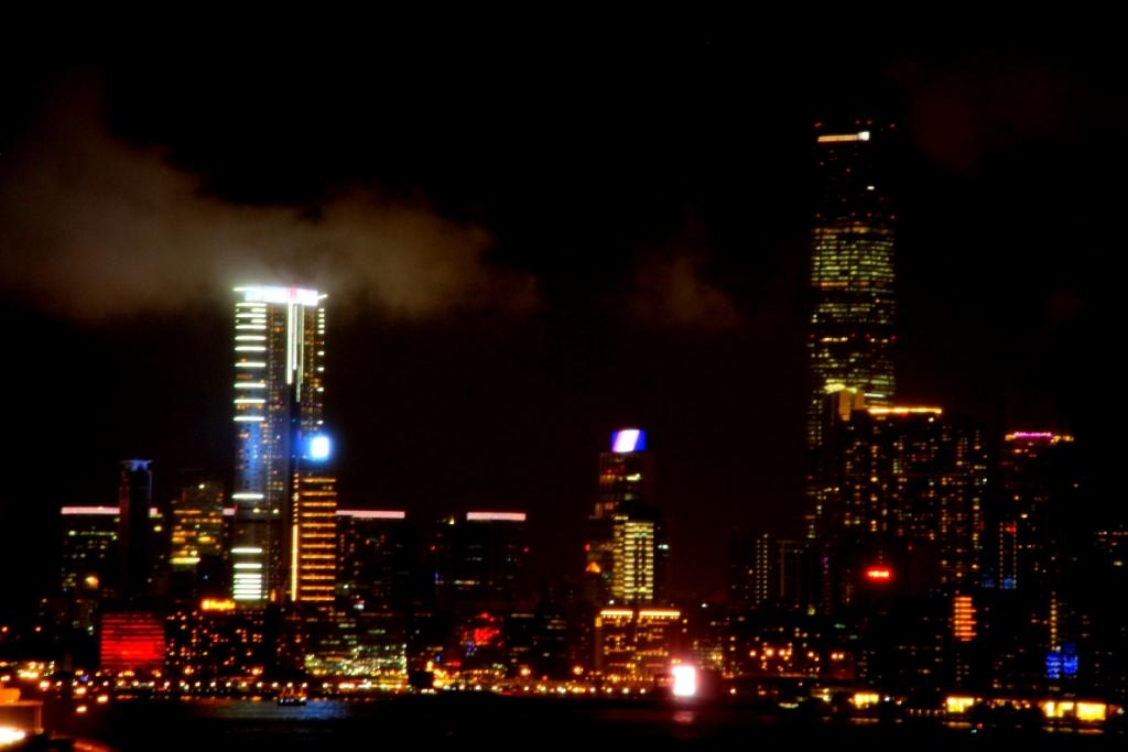hongkong at night 3
