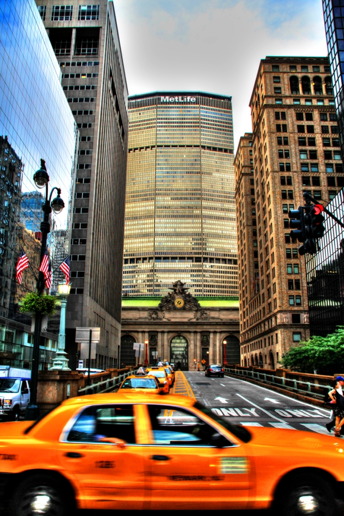 grand central with taxi