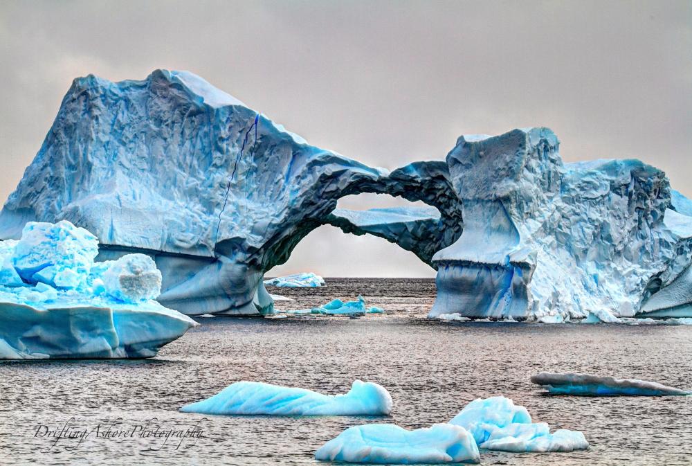 arched iceberg 1